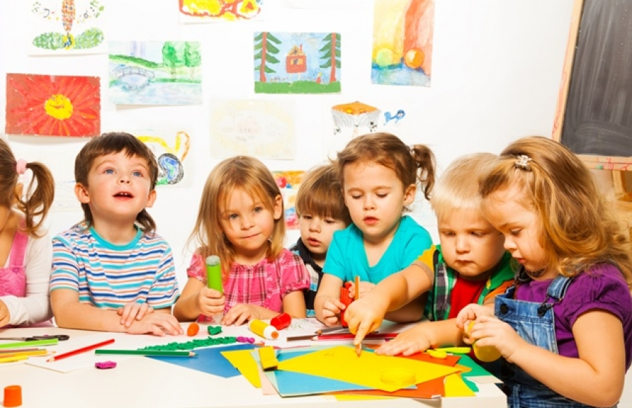 The risks for the national economy in case of reducing the working hours of kindergarten
